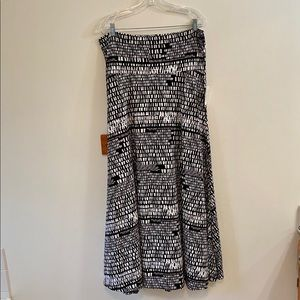 LuLaRoe Black & White Maxi Skirt Size XL New